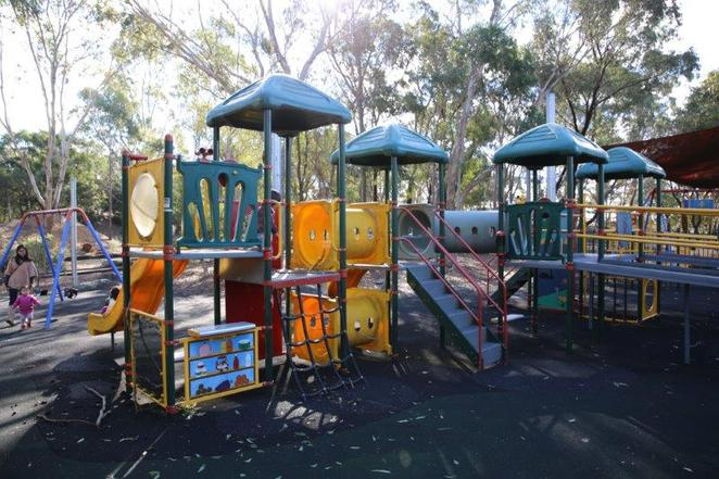 Auburn Botanic Gardens, free, children friendly, see the animals, playgrounds for kids