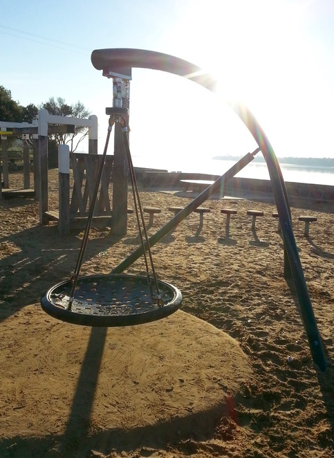 Barwon Heads, Saucer swing