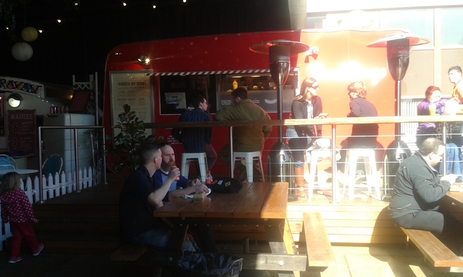 Broddogs, Lonsdale st, Braddon, The Hamlet, Canberra, food trucks