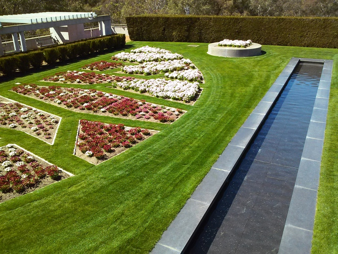 parliament house, house of represnetatives formal garden, canberra, ACT, events, weddings,
