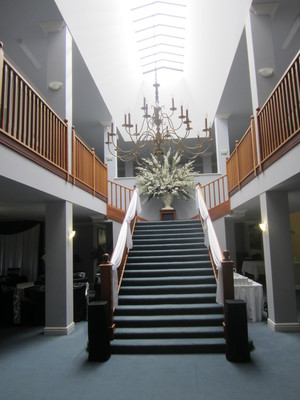Sweeping stair case