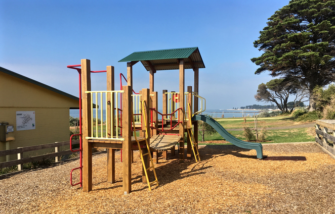 Taylor Reserve, Indented Head, Ozone, Shipwreck, camping, picnic spots, bellarine, geelong, playground, park, public bbq, barbecue, beach,