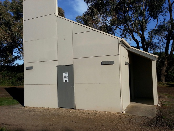Barwon Heads Village Park, Pirate Park, Public Toilet