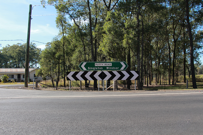 Putty Road, Driving, NSW, Sydney, Hunter Valley, Singleton, Pleasure, Fast, Cars, Motorbikes