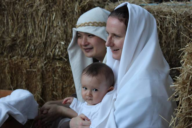 stroll through bethlehem 2018, community event, fun things to do, christmas event, festive season, indooroopilly uniting church, the real story of christmas, baby in the manger, jesus christ, the reason for the season, entertainment, re-enactment