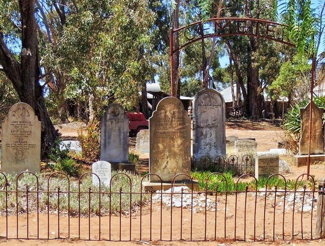 tailem town, ghost adventures, history of south australia, ghost tours, old tailem town, holiday in sa, about south australia, tourism, tailem bend, a walk among the tombstones