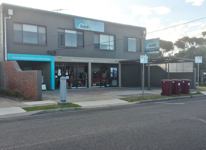 the wave, ocean grove, op shop, thrift shop, bargains, shopping, second hand, bellarine, cheap,
