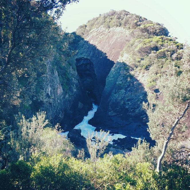 water, coast, rock, cave, sugarloaf point, myall lakes national park, escape the city