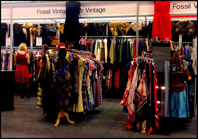 adelaide vintage expo, adelaide fashion festival, south australian style, vintage clothes, antique jewellery, vintage shopping, vintage fair