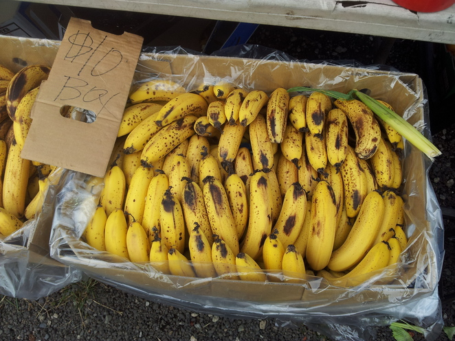 boot hill markets, odds and ends, second hand wares, markets, food, bananas