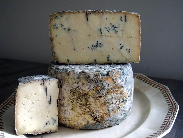 cheese,cheese,and,more,cheese