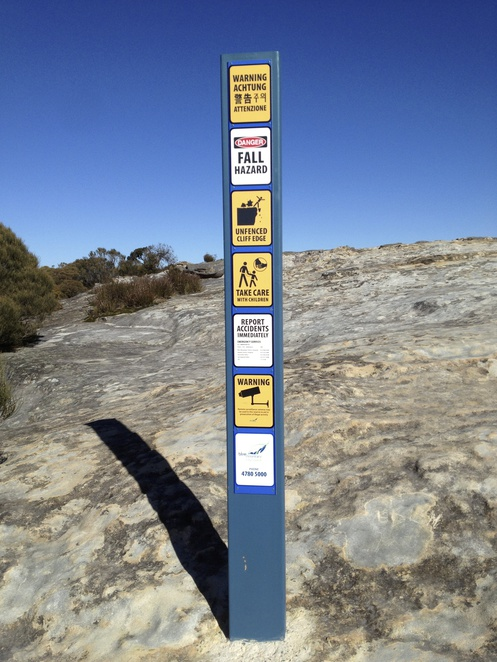 Flat Rock, Wedding Rock, Wentworth Falls, Blue Mountains, Warning