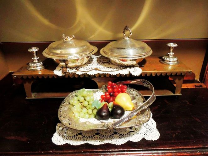 martindale hall, south australian attractions, heritage tourism, south australian, mintaro, grand mansion, clare valley, bowl of fruit