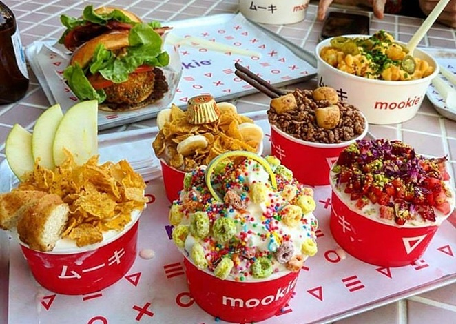 mookie, burgers, concretes, burgers, restauarants, genge street, canberra, ACT, burger joints,
