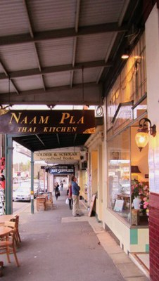 Naam Pla Thai Kitchen