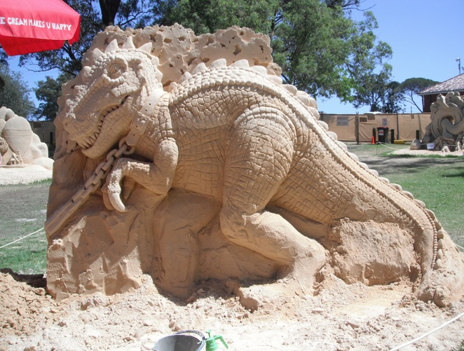 The Lost World sand sculptures
