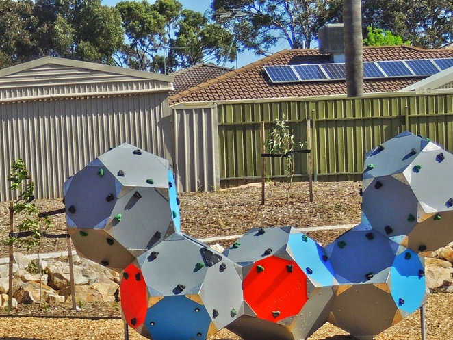 playground, play areas, dog friendly, children, trees, shelters, reserve, wetlands, trails, climbing