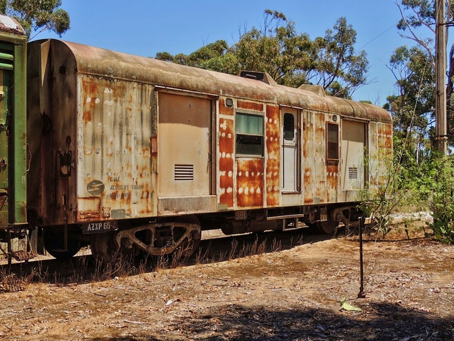 tailem town, ghost adventures, history of south australia, ghost tours, old tailem town, holiday in sa, about south australia, tourism, tailem bend, railway carriage