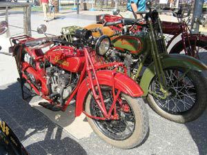 veteran and vintage motorcycle show, glenelg, moseley square