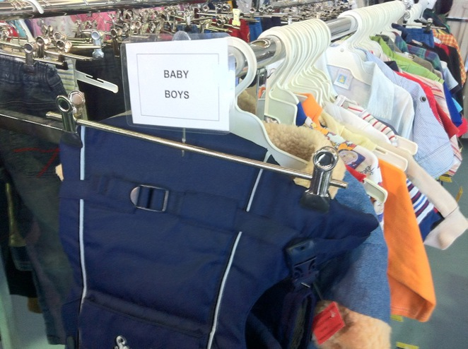 baby clothes, lots of clothes for kids, under $5