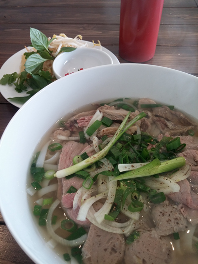 Bite Mi Vietnamese street food Unley Adelaide South Australia Lunch Cafe snack pho banh mi spring roll cold rolls vermicelli