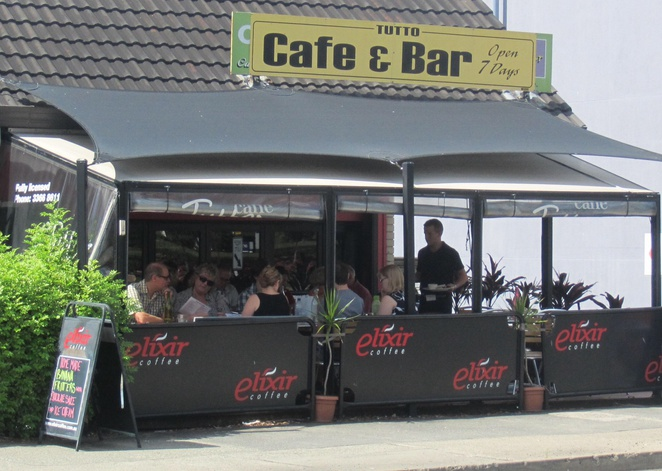 Cafe bar Tutto licensed coffee Ashgrove