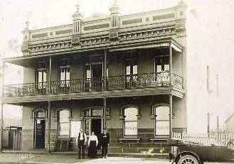Gillicks Collingwood Hotel C1920s Photo Courtesy Ldhs