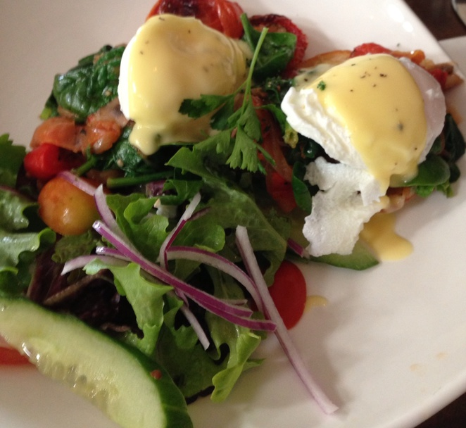 Vegetarian Eggs Benedict at Vagelis Cafe