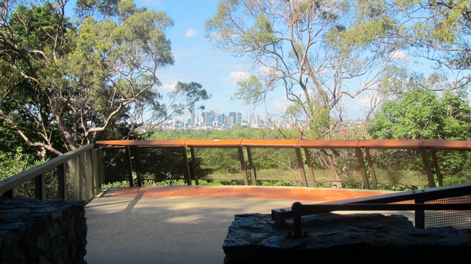 lookout, viewing platform, city views, tourists, picnic, photography