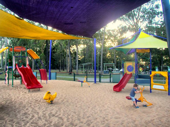 middle park, middle rd, boronia heights, dog friendly, playground, bbq, exercise equipment, swings, slides, see-saw, sand