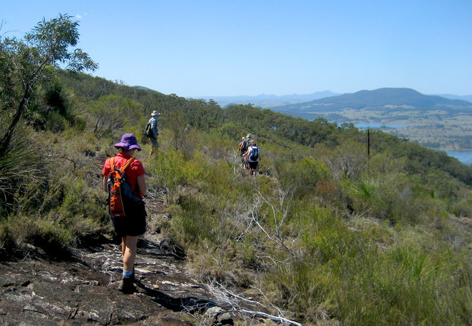 Walking around the summit of Mt Greville for more great views