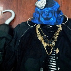pirate, talk like a pirate, pirate clothes, costume, clobber, skull, eye patch