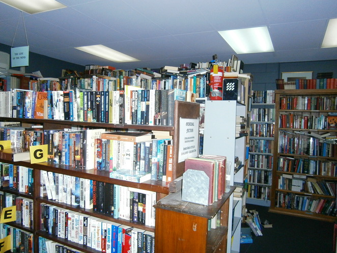 Blackwood Book Exchange, op shops, Blackwood