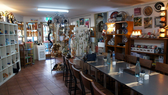 Dining & gift shopping at Cafe 4342