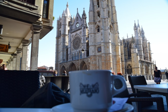 Cycle the Camino, Santiago de Compostela, Sarria, Walk the Camino, Argua, Madrid, UTracks, World Expeditions