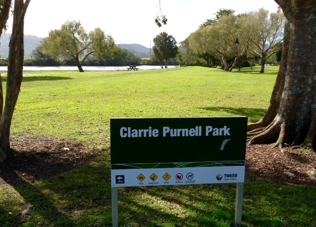 Clarrie Purnell Park, barbeques, outdoor tables, walk to Murwillumbah cafes, Information Centre, relax by the Tweed River, landscaped gardens, easy parking, easy walk to shops,