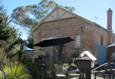 meadows, adelaide hills, country bakery, meadows country market, strathalbyn, st georges