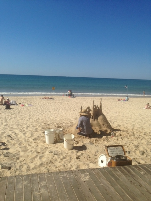 Noosa Sand Sculptor artist on Hastings Front Beach