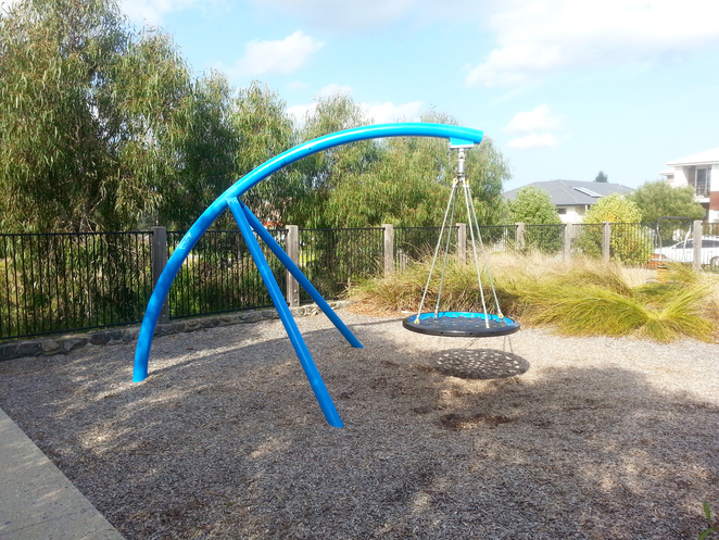 Percy Cherry Park, Curlewis, Creekside Drive, Bellarine, Park, bucket swing, basket swing, birds nest swing, Playground equipment,
