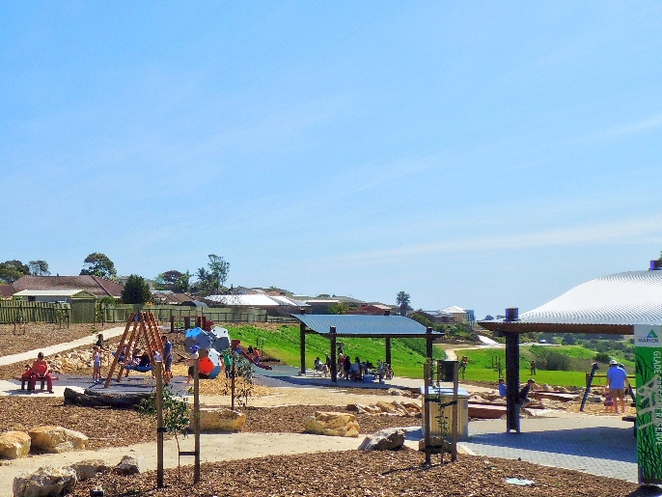 playground, play areas, dog friendly, children, trees, shelters, reserve, wetlands, trails, families