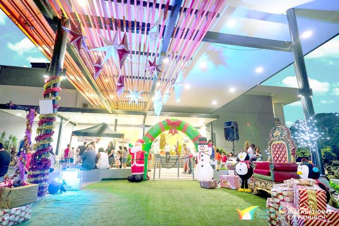 2018 technicolour christmas shows & day market, community event, fun things to do, entertainment, market stalls, festive season, christmas event, kids activities, santa claus, multicultural community centre, food stalls, live performances, kids games, facepainting, jumping castle, photobooth