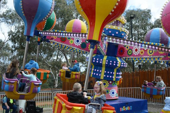 doveton show 2018, myuna farm, community event, fun things to do, fun for kids, rides, festivals, markets, fairs, animals, ride armbands, doveton eumemmerring community, city of casey, showbags, entertainment, attractions, stalls, animals