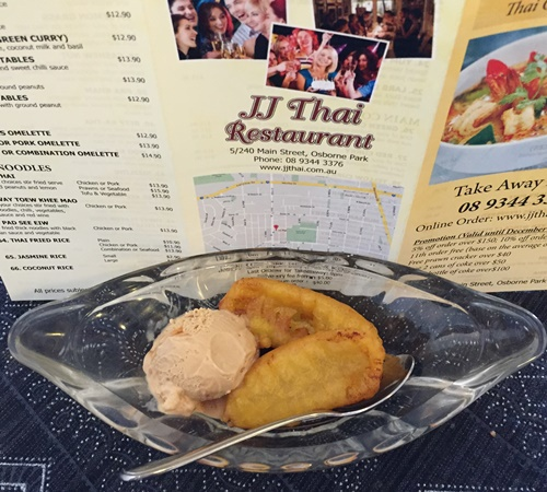 fried,bananas,with,ice,cream,at,JJ,Thai