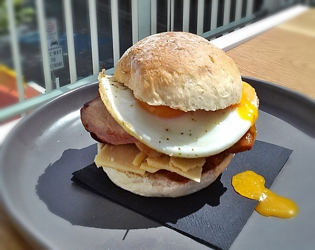 greenhouse, cafe, coffee, canberra centre, coffee shops, best bacon and egg rolls, ACT
