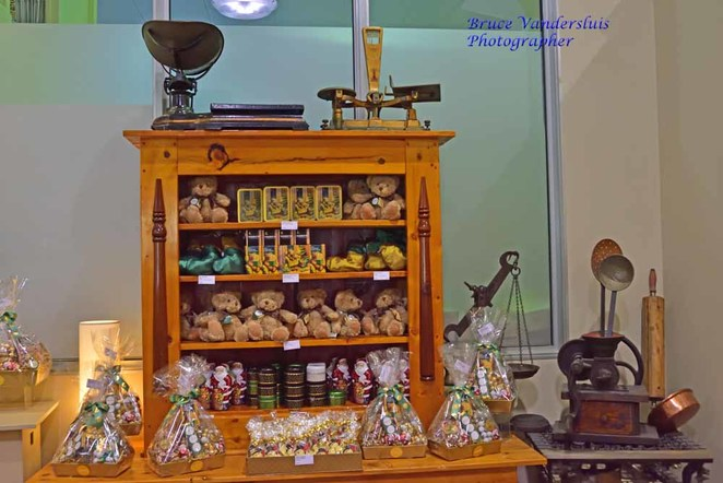 Haigh, haigh's, chocolate, confectionery, beehive corner, the block arcade, Collins street, parkside, visitors centre, chocolate tour, cocoa bean, chocolate seconds, festive, wonka, gifts