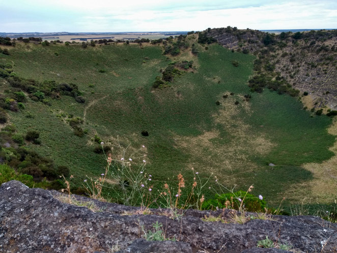 The huge crater at Mount Schank just outside Mt Gambier (photo courtesy of author)
