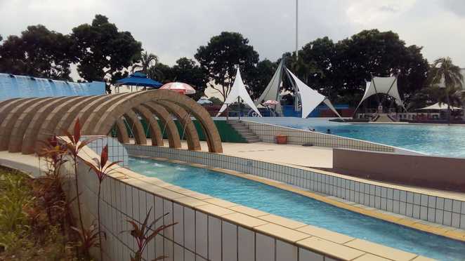 Jurong East Swimming Complex, lazy river, singapore
