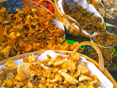Funghi at the green grocers, Rue Cler, Paris (c) JP Mundy