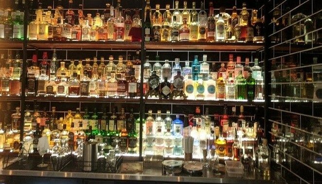 Old Bill's Bar; Cocktail; Bar; Whisky; music; intimate; Wellington Point; Hogans; couples