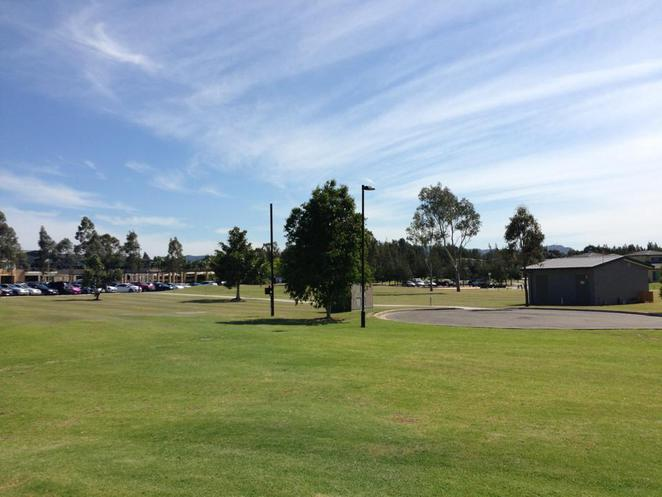 crowne plaza, outdoors, grounds, golf course, resort, crowne plaza, hotel, stay, accommodation, hunter valley, nsw